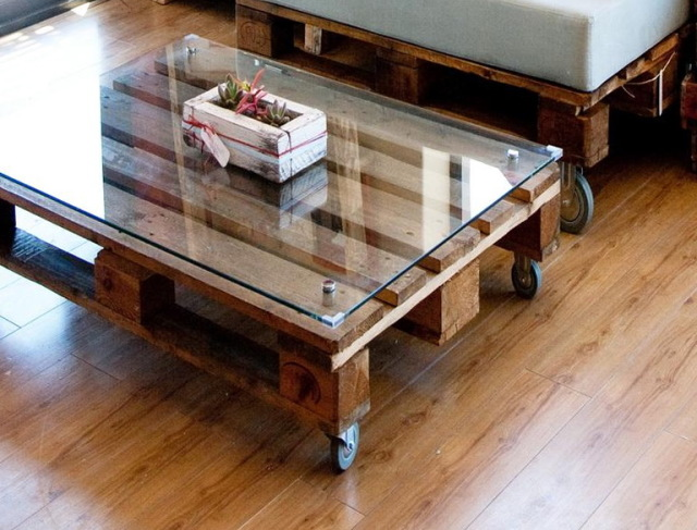 10 stunning diy coffee table designs ideas inoutinterior. Black Bedroom Furniture Sets. Home Design Ideas