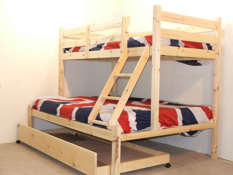 Triple Bunk Beds With Trundle