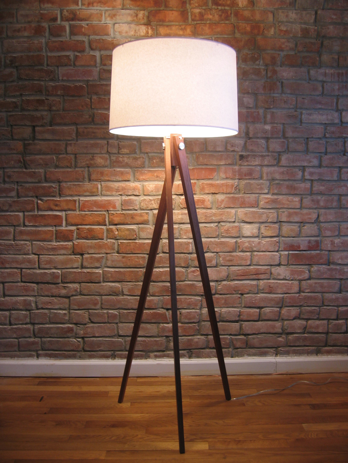Tripod Floor Lamp With Wooden Legs
