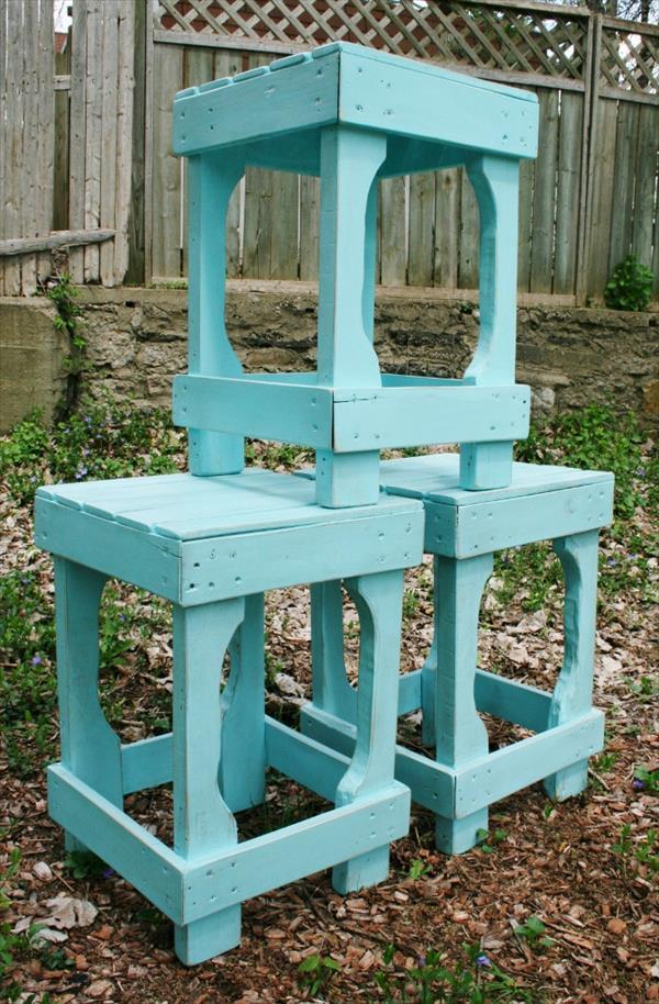 DIY Outdoor Bar Stools Reclaimed Pallets Wood