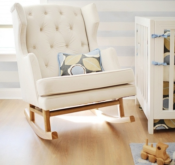 nursery rocking chair a great furniture for nursery inoutinterior. Black Bedroom Furniture Sets. Home Design Ideas