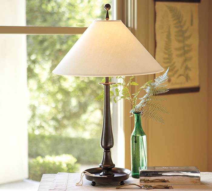 Simple Bedside Table Lamps