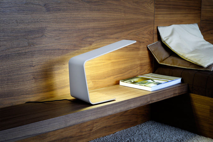 Sophisticated Bedside Table Lamps With Modern Design