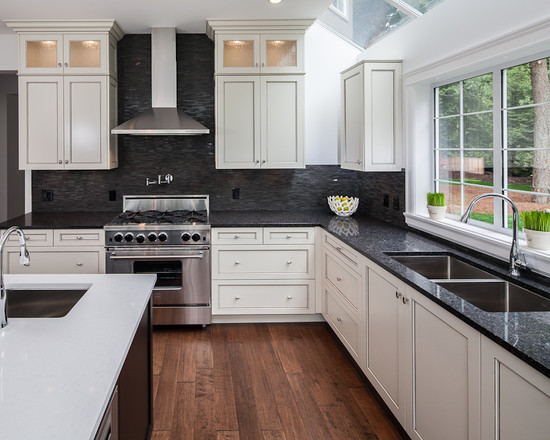 White Kitchen Cabinets To Enhance The Appearance And Style ...