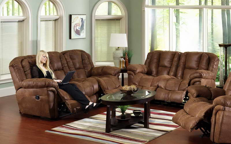 Home decorating living room ideas inoutinterior for Living room decorating ideas with brown furniture